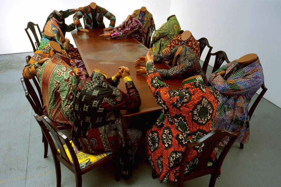 Yinka Shonibare, Scramble for Africa (2003). Collection Pinnell.