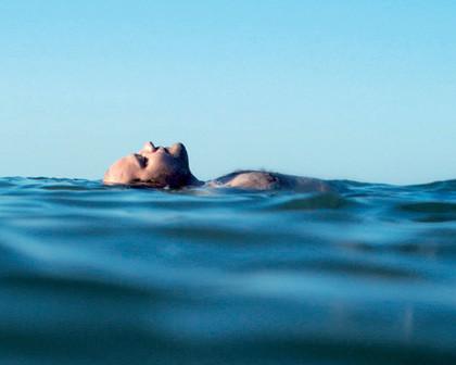 Un homme à la mer«Dis, c'est quandqu'on revient ?»