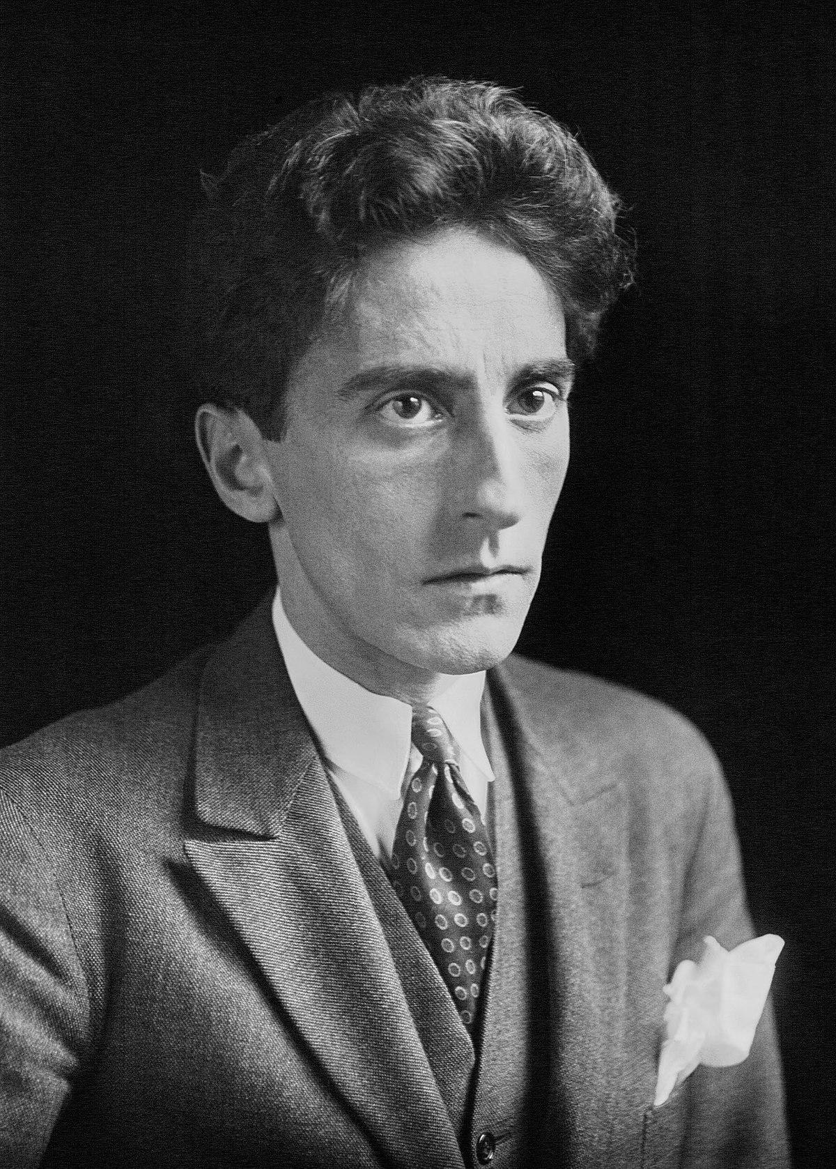 Jean Cocteau, « L' hôtel » Jean Cocteau tel est son poème